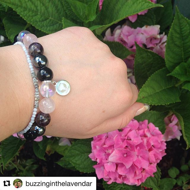 @buzzinginthelavendar has just received her new yoga bracelet made with crystals to support her practice  ・・・ Eeek!! My new #yogabracelet from @karmafeeling arrived today and it's so pretty!  #crystals #bracelet #hydrangea #supportlocal #summer #goodvibes #grounding #pressie #karmafeeling #yoga #yogainspiration #fitness #fitspo #fitspiration #healthyfood #flowers #meditation #spiritual