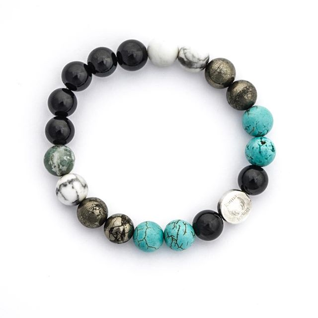 New men's Ready to Wear collection coming soon. This one is called the 'Big Chill'. It'll look amazing with a tan this summer and the crystals are picked to represent calm & positivity! Summer, bring it. #healthfood #healing #healthy #fashion #meditation #men #mensfashion #mensbracelet #malemodel #blogger #bracelet #jewellery #boysofyoga #yogagifts #broga #turquoise #pyrite #howlite #blackonyx #crystals #crystalhealing #positivevibes #positivity #grateful #gratitude #giftsforhim