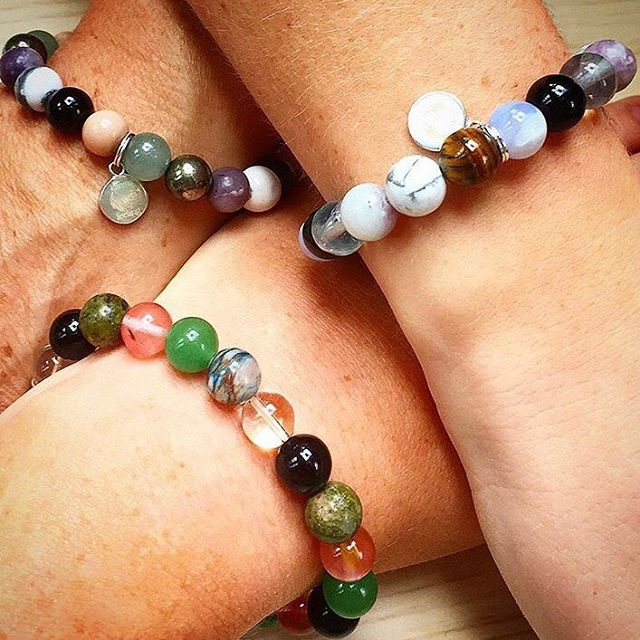 Family is everything. Thanks @chelciesmile for posting this lovely pic of 3 generations in their #karmafeeling bracelets  #gratitude #healthy #boss #bohemian #bracelet #crystals #crystalhealing #fitspo #fitness #fashion #gothic #gothgirl #hope #family #jewellery #kindness #livefortoday #meditation #shopsmall #vinyasa #yoga #yogagifts